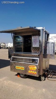 Ideas for diy food truck hot dogs Custom Smokers, Concession Trailer, Concession Stands, Truck Accesories, Food Trailer For Sale, Food Business Ideas, Mobile Food Trucks, Hills Science Diet, Hot Dog Cart
