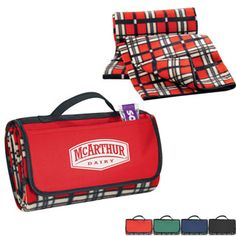 STAFF IDEA Fold Up Picnic Blanket - Promotional Products | Employee Appreciation Gifts
