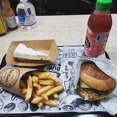 Ooooooooooops  #burger  #gourmands  #231east  #aixenprovence