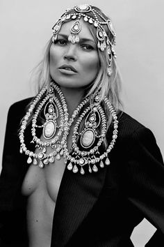 senyahearts:  Kate Moss for Another Magazine, Fall/Winter 2014-2015 Photographed by: Alasdair McLellan