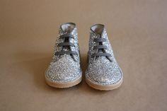 gender neutral kid boots.  LOVE.
