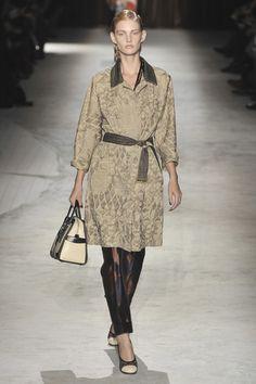Dries Van Noten at Paris Fashion Week Spring 2010 - Livingly