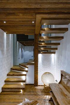 escalier-bois-rustique-dessiner-sa-maison-jpg