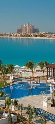 Emmy DE * Hotel Waldorf Astoria, The Palm, Dubai, UAE