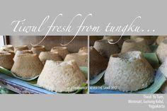 Tiwul, Gunung Kidul traditional snack  made from casava flour and palm sugar.
