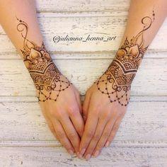 """176 Likes, 6 Comments - 👋ХУДОЖНИК МЕХЕНДИ, БРОВИСТ💃 (@julianna_henna_art) on Instagram: """"Украсили ручки прекрасной @lusida_studio Анюте, кстати, у неё вы можете нарастить шшшикаааарные…"""""""