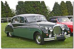 Jaguar Mark IX. The ultimate in style!