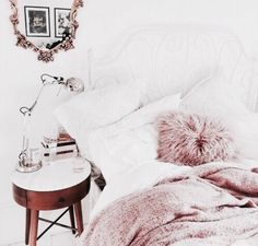 Dreamy pink, white and gold bedroom decor Dream Rooms, Dream Bedroom, White Bedroom, Pretty Bedroom, Dusky Pink Bedroom, Marble Bedroom, Marble Room Decor, Grey Bedrooms, Teenage Bedrooms