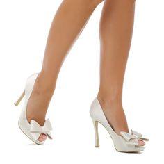adore peep-toe pump