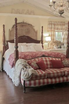tan, white, red plaid, lightened up living room Room Paint Colors Bedroom, Bedroom Red, Furniture Design Living Room, French Country Living Room, Bedroom Colour Palette, Beautiful Bedrooms, Country Living Room, Country Bedroom, Country Style Living Room