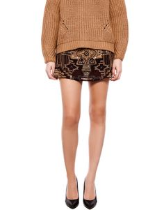 :SKIRT WITH BEAD DETAIL