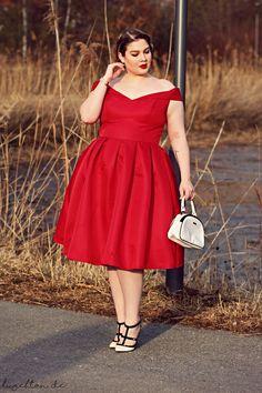 Red Dress - Lu zieht an.®️️