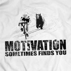 Motivational T-shirt Men Gift Idea Present Bear Chasing Cyclist Apparel T Shirt