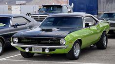 1970 Barracuda (2 headlights)