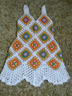 Knitting patterns baby poncho granny squares 16 Ideas for 2019 Crochet Tunic, Diy Crochet, Crochet Clothes, Crochet Baby, Crochet Squares, Crochet Granny, Crochet Motif, Granny Squares, Baby Knitting Patterns