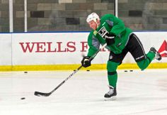 Frozen Royalty Video: Interviews with Greene, Jones, Kopitar And More After December 5 Practice