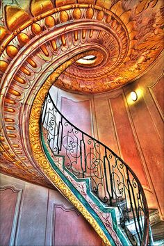 This beautiful spiral staircase is in Melk Abbey a Benedictine abbey above the town of Melk, Lower Austria, Austria, on a rocky outcrop overlooking the Danube river, adjoining the Wachau valley. Beautiful Architecture, Beautiful Buildings, Art And Architecture, Architecture Details, Staircase Architecture, Art Nouveau, Grand Staircase, Staircase Design, Wood Staircase
