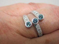 Alexandrite & Diamond Ring 14kt white gold