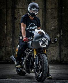 Triumph custom Cafe Racer backyardrider.com