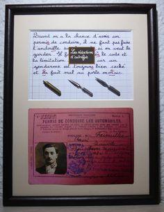 Le permis de conduire tableau rétro écrit à la plume de style enfantin avec photo ancienne et plumes : Décorations murales par redactions-d-autrefois