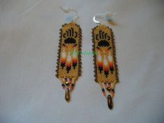 Native American Style Peyote stitched Bear Paw earrings in Dark Cream