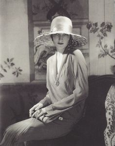 Edward Steichen- Chapeau par Lanvin, Vogue, 1928