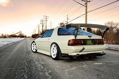 Mazda Photos serie 1 – Picture of Mazda : His And Hers Cars, Fc Rx7, Jdm Wallpaper, Classic Japanese Cars, Drifting Cars, Import Cars, Japan Cars, Car Wheels, Jdm Cars