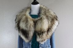 huge chic vintage genuine coyote fur collar scarf by lerobot $85