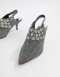 River Island embellished heeled mules in gray check Latest Fashion Clothes, Latest Fashion Trends, Online Shop Kleidung, River Island, Mode Online Shop, Asos Online Shopping, Heeled Mules, Footwear, Plus Size