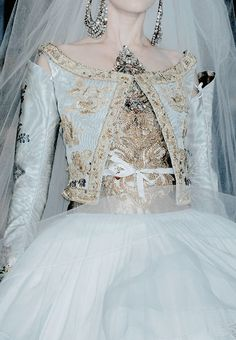 armaniprives:  Christian Lacroix Haute Couture S/S 2009.