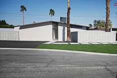 Mid-Century Modern Ranch in Palm Springs Modern Ranch, Mid-century Modern, Mid Century Modern Landscaping, Palm Springs, Garage Doors, Patio, Landscape, Outdoor Decor, Home Decor