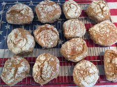 Kartoffelbrötchen mit genialer Kruste, ein tolles Rezept aus der Kategorie Brot und Brötchen. Bewertungen: 256. Durchschnitt: Ø 4,6.