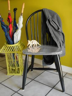 Marvelous Classic Black Windsor Chair Black And White By AardvarkFurniture, $69.00