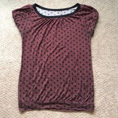 LOFT Polka Dot Banded Tee Gorgeous burgundy and black polka dot tee. Banded bottom and the sleeves are elasticized as well. So incredibly comfortable and forgiving. Pairs great for casual and work looks. Wear this with a cute pair of jeans, boots and a blazer for a nice put together weekend outfit! LOFT Tops Tees - Short Sleeve