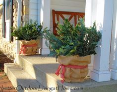 8 Quick & Easy Outdoor Christmas Decorating Inspirations - Better Outdoor Living at Home