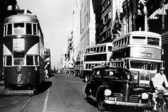Central Johannesburg before the trams were taken out of service in Johannesburg City, Historical Pictures, African History, Countries Of The World, Public Transport, South Africa, Landscape Photography, Apartheid, Nostalgia