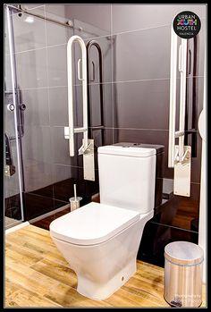 Hostel, Valencia, Toilet, Youth, Urban, Photography, Flush Toilet, Photograph, Litter Box
