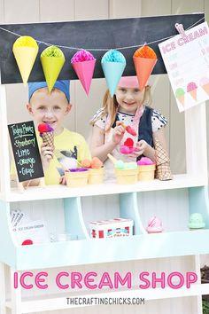 Play Ice Cream, Ice Cream Stand, Ice Cream Theme, Ice Cream Party, Dramatic Play Area, Dramatic Play Centers, Order Ice Cream, Restaurant Themes, Fun Summer Activities