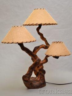 ls-301-12-lampara-sobremesa-madera-rustica.jpg 400×533 píxeles