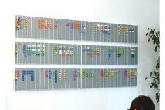 すべてがレゴでできた壁掛けハイテクカレンダー   マイナビニュース