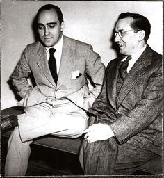 Artistas brasileiros: Cândido Portinari (pintor) com Oscar Niemayer (arquiteto). Rio de Janeiro, 1948.