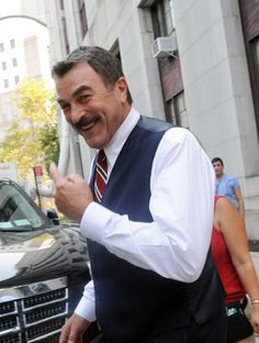 Tom Selleck On Location For Blue Bloods ::