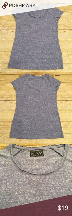 Blue Mark New York t shirt, size medium Very good condition Marc New York, Andrew Mark, speckled blue shirt in a size medium. No flaws, stains, or rips. Worn a handful of times. Bust- approximately 16.5 inches, length- approximately 24.5 inches. Andrew Marc Tops Tees - Short Sleeve