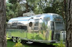 1970 airstream on ebay...LOVE the white wall tires!