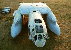 """First and unique shot of from """"Antey"""" tail, showing back of this dragon-like plane. - Photo taken at Monino in Russia on May Russian Plane, Amphibious Aircraft, Nuclear Submarine, Ground Effects, Armada, Aircraft Design, Aircraft Pictures, Submarines, Soviet Union"""