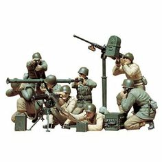 Military Tanks, modern Army tanks to the World War 2 sherman tank. All of the tank models that you need for your model tank collection. Tamiya Model Kits, Tamiya Models, Military Figures, Military Diorama, Us Army, Army Guys, Airfix Models, Model Tanks, Model Building Kits