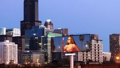 Marketing Masterminds Media ranks the 5 top billboard locations to advertise your business. Where to boost your branding with smart outdoor signage. Expo Chicago, Chicago Loop, Chicago Illinois, Top Billboard, Mobile Advertising, Heart Of America, City Icon, Outdoor Signage, Advertise Your Business