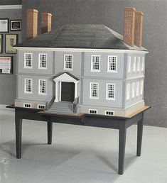 Wilton Doll House from the Jackie Andrews Estate : Studebaker Miniatures: Vintage & Artisan Dollhouse Miniatures, Sonia Messer, Tootsietoy, Strombecker, working miniature music boxes & miniature quilts
