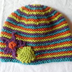 Bonnet fille 4-6 ans multicolore décor fleur tricoté main 4-6 ans Bonnet 48cc3ff43e4