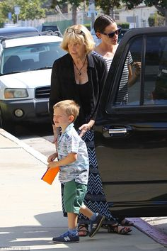 Family time: Jennifer Garner and her two children Samuel and Violet were joined for church. Mother In Law, Waiting For Her, Family Outing, Jennifer Garner, Second Child, Great Friends, Daughter, Actresses, Children